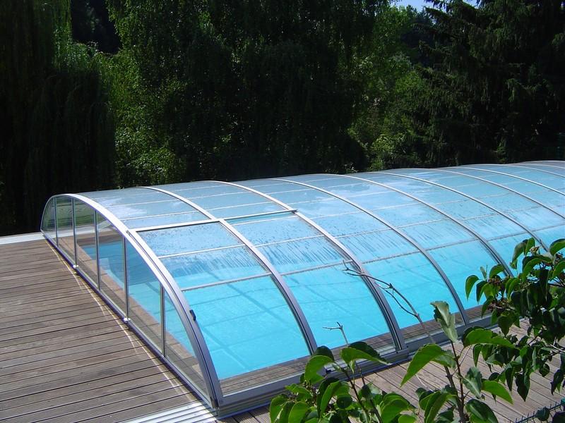Abris bas pour piscine pour votre s curit piscine jardin for Abris bas piscine