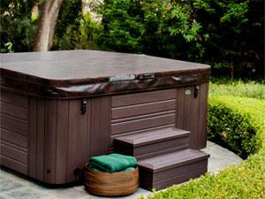 couverture de spa et protection isolante de jacuzzi