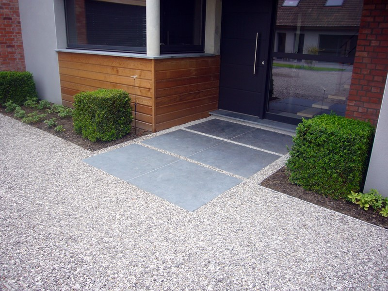 Terrasse et pavage de jardin de la convivialit dans le nord for Amenagement jardin finistere nord