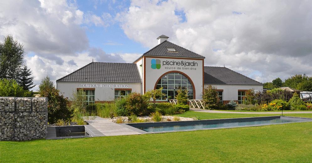 Piscine et jardin arras constructeur piscine arrageois for Magasin amenagement jardin