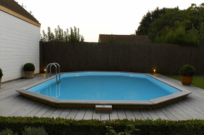 Piscines en bois pour les jeux d 39 eau piscine jardin for Prix piscine exterieure