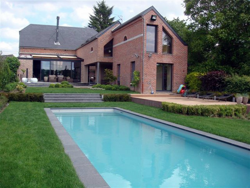 Constructeur de piscine rectangulaire piscine jardin for Piscine exterieure