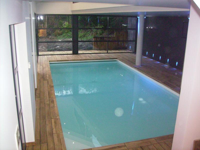 piscine interieure baignade en toute saison piscine With superb amenagement autour de la piscine 4 piscine interieure baignade en toute saison piscine