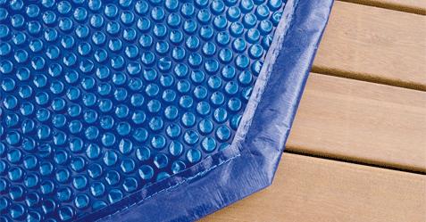 Couverture à bulles permet de protéger thermiquement votre piscine.