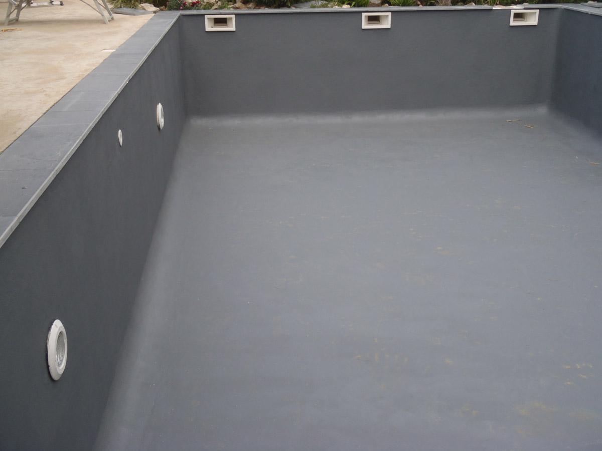 Rev tement et liner pour piscine par votre sp cialiste en for Peinture pour liner piscine