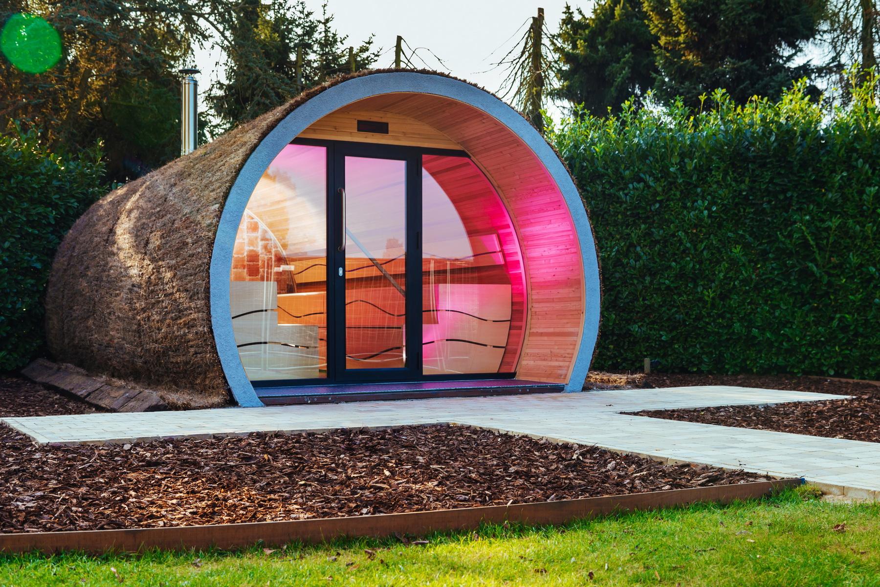 sauna sahara combi la tradition du po le la modernit de l 39 infrarouge piscine et jardin. Black Bedroom Furniture Sets. Home Design Ideas
