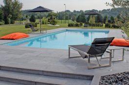Photo de piscine rectangulaire classique dans le Nord