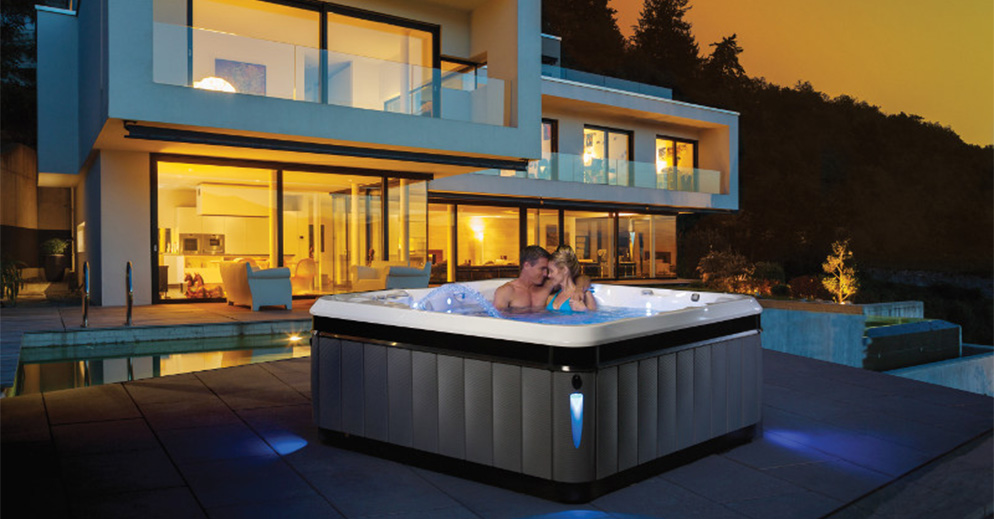 La série de spa haut de gamme de chez CALDERA SPAS : la gamme UTOPIA