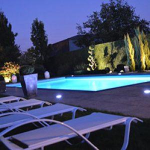 Constructeur de piscine design et contemporaine dans le Nord ...